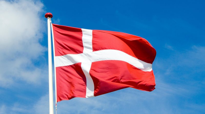 dannish flag, denmark